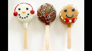Incredible Christmas Cake Pops