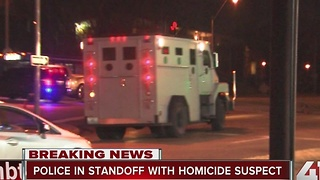 Shooting suspect in standoff with KCMO police - Video