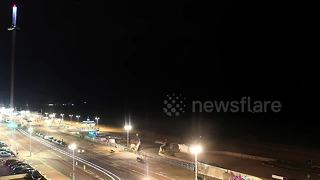 Timelapse captures lightning storm in Brighton - Video