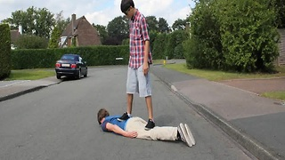 Human skateboard riding, it's not what you think! - Video