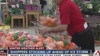 Kansas Citians stock up for weekend ice storm
