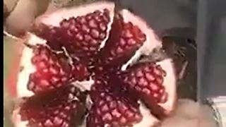 Easy Way to Open Pomegranate - Video