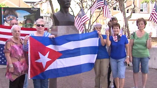 Cuban community celebrates Fidel Castro's death in West Palm Beach - Video