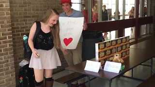 Teen Makes Donald Trump-Inspired Prom Proposal - Video