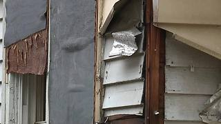 CLE resident captures video of vacant house violence - Video