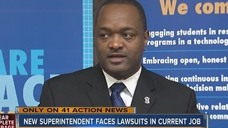 New Lee's Summit superintendent faces lawsuits in current job - Video