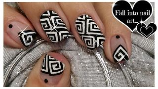 Hand painted Greek spiral nail art - Video
