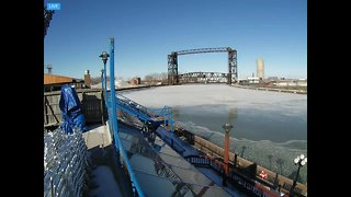 This is what the Cuyahoga River looks like after 2 days of subzero temperatures - Video