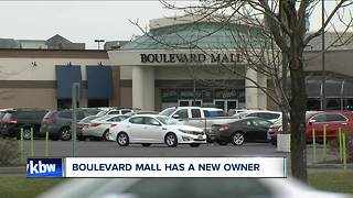 Mall sold after decades - Video