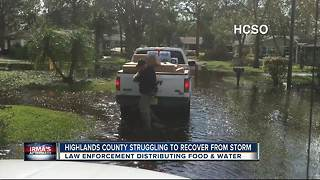 Highlands County deputies pass out food and water to communities in need - Video