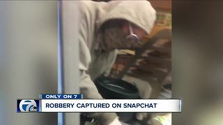 Robbery captured on Snapchat - Video