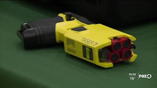Should tasers be redesigned to prevent weapon confusion?
