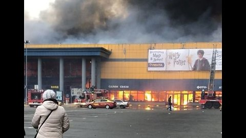 Saint Petersburg Supermarket Roof Collapses During Fire