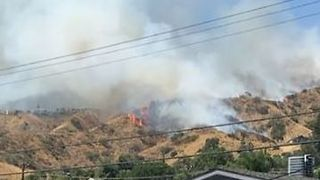 Mandatory Evacuations Issued for Burbank Brush Fire - Video