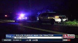 Omaha Police pursue man on tractor - Video
