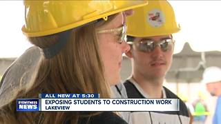 Plenty of construction jobs, but no workers - Video