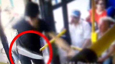 Polish Police Make Arrests After 'Brutal' Attack on Bus by Gang Armed With Machetes and Pepper Spray