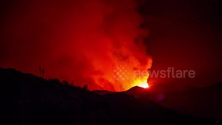 Holy Fire rages on Trabuco Canyon hill overnight - Video