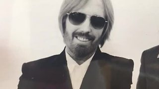 Tom Petty fans in KC remember his legacy - Video