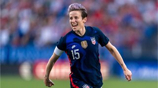 Megan Rapinoe Returns To Pink Hair