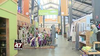 Board tables decision on Lansing City Market - Video