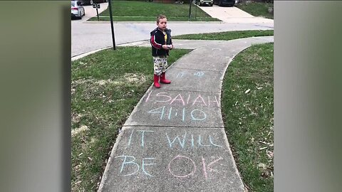 Acts of Kindness: Mom and son write kind messages to community