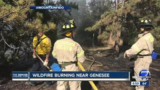Small brush fires burn along WB I-70 near Genesee Park - Video