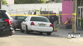 2 security guards shot outside West Palm Beach strip club