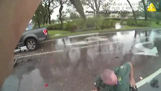 Pasco County crash injures deputies, witness - Video