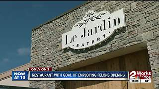 Restaurant with goal of employing felons opening