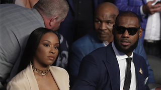 LeBron James PISSES OFF Mike Tyson During Mayweather-McGregor Fight - Video