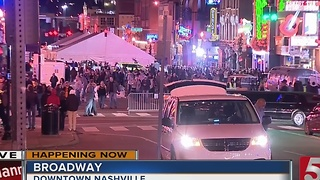 Thousands Enjoy Nashville After Music City Bowl - Video