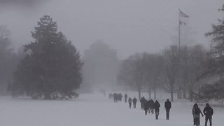 Iowa State University Students Brave Blustery Conditions on Campus - Video