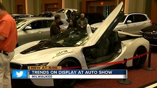 Trends on display at Milwaukee Auto Show