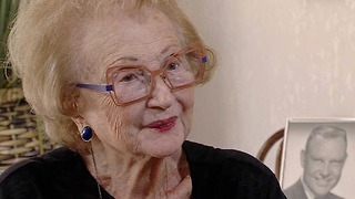 94-year-old woman searches for hero who saved her from submerged car