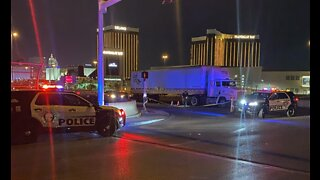 Vegas PD: Homicide investigation underway near Russell, I-15