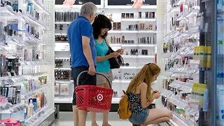 Americans cut back, hurting retail sales