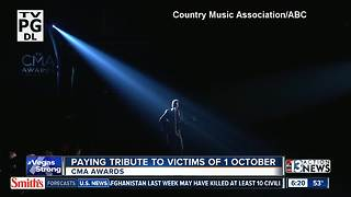 CMA Awards pay tribute to Vegas victims - Video