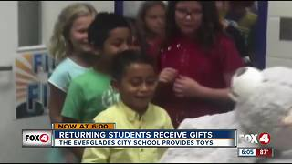 Everglades City students get gift upon return to school - Video