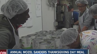 Annual Mozel Sanders Thanksgiving day meal helps feed those in need - Video