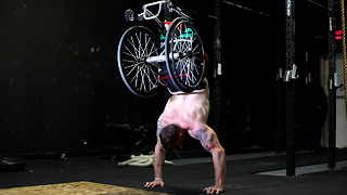 Wheelchair Pushups: Meet the Inspirational Amputee Crossfit Trainer - Video
