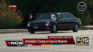 President Trump's motorcade rolls into Paradise Valley - Video
