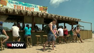 Bradford Beach tiki huts in need of a new operator