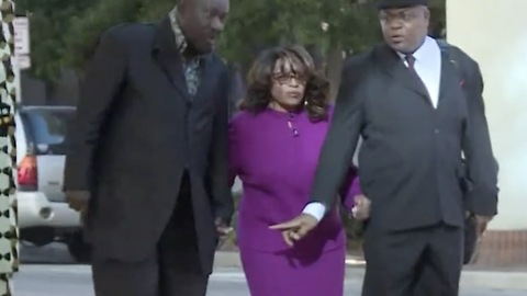 """Democrat Corrine Brown Found Guilty On 18 Fraud Counts Pleads For """"Mercy And Compassion"""""""