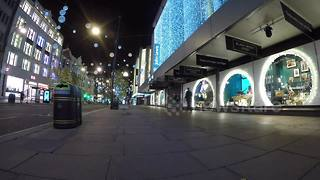 Timelapse of Black Friday on Oxford Street - Video