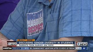 People arriving for meeting about gender diversity - Video