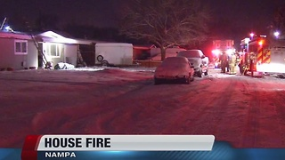 Nampa Fire battles early morning house fire - Video