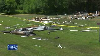 Home explosion leaves one dead - Video