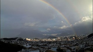 Spectacular Timelapse Video Shows Rainbow Forming Over Monterrey - Video