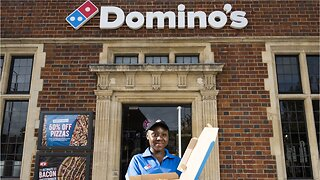 Domino's To Hire 10,000 Workers